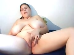 Bbw girl with big tits play with pussy