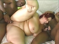 Huge ass white wife is used and fucked..