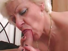Hot girlblonde bbw mature with a young..