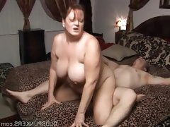 Beautiful busty mature bbw loves a..